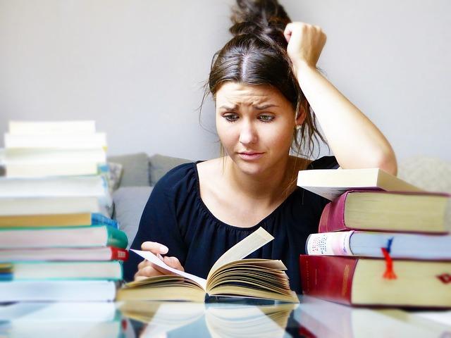 Vollzeit arbeiten und studieren Teilzeitstudium tipps