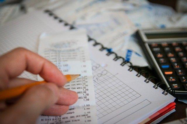 Geld sparen als student Spartipps Studium Geld verdienen