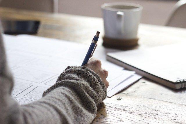 wissenschaftliches Essay schreiben hausarbeit shribe
