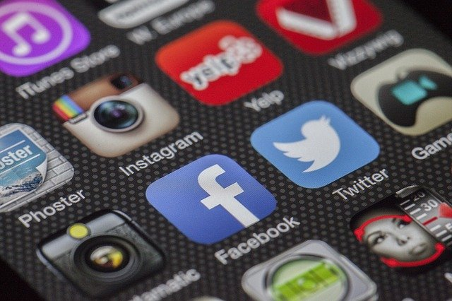 Online Forschung Social Media Methode Bachelorarbeit Masterarbeit wissenschaftliches Arbeite Facebook