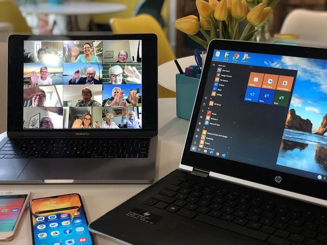 Digitale Präsentation Homeoffice Studium Uni Arbeit