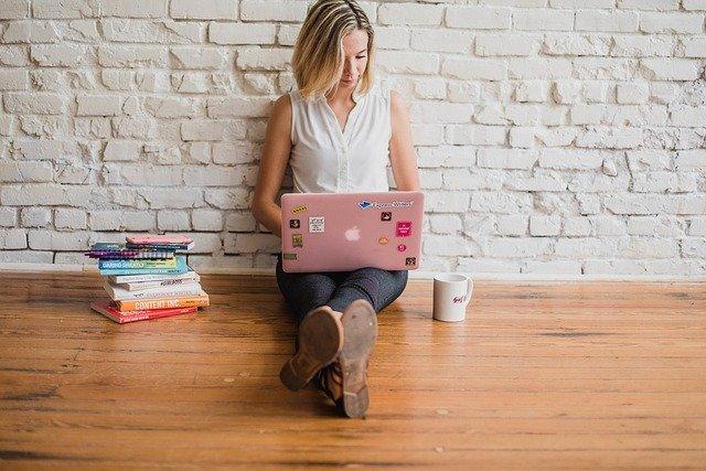 Motivation zum Schreiben finden Studium Buch Bachelorarbeit Hausarbeit hilfe