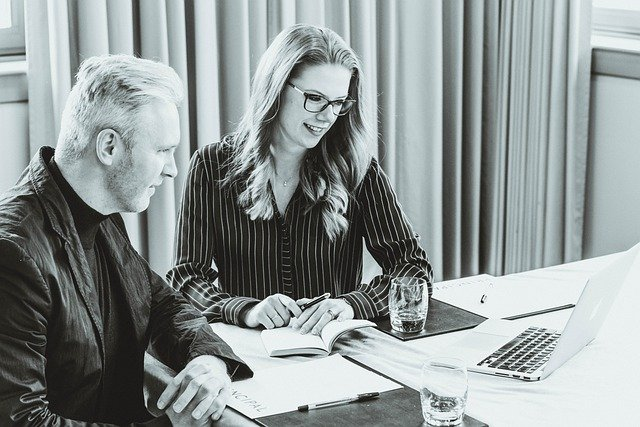 Interviewleitfaden erstellen semi-strukturiert deduktiv